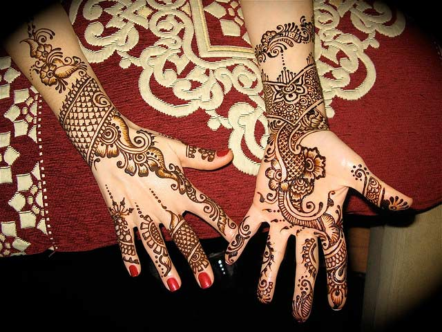 mehndi designs for wedding Awesome-Pakistani-Mehndi-Design-on-Hand-for-2015