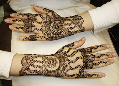 Pakistani Mehndi Designs For Hands 2015