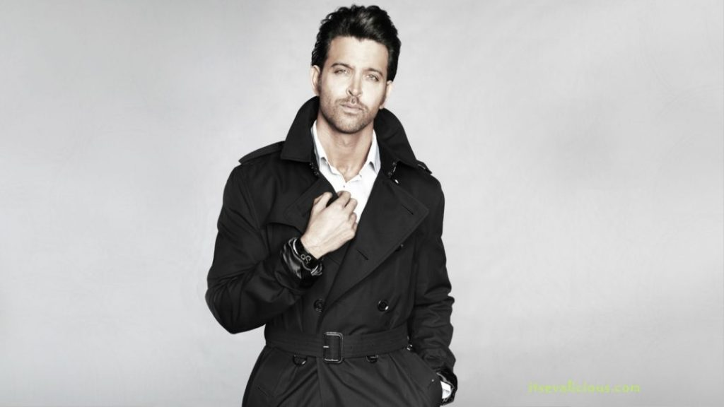 Hrithik-Roshan-In-Black-Suit-latest 2015