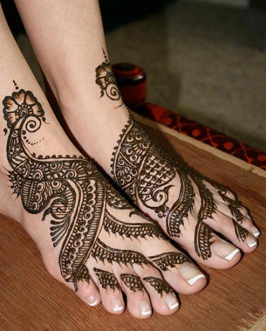 Beautiful-Mehndi-Designs-for EID-2017