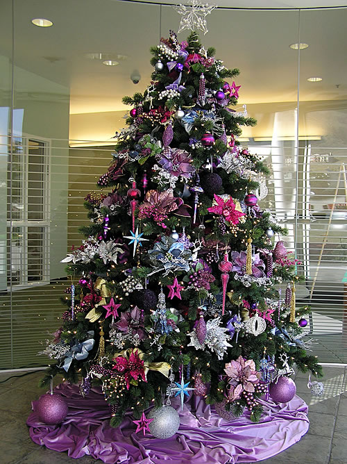 christmas-trees-decorated-in-purple-and-white